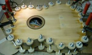 Склеиваем корпус после ремонта